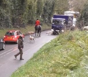 hunts-on-roads-999222