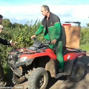 quad-bike-farmer-attacks