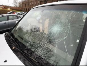 smashed-window-00475